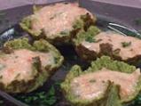 Кошнички от броколи с доматен мус