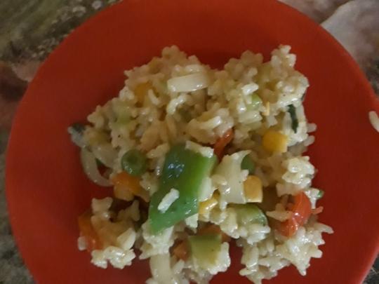 Ориз със зеленчуци и къри