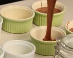 Шоколадов кейк с круши и сладолед от маскарпоне 2
