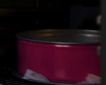 Торта с лешникови блатове и баварски крем 7