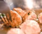 Пилешки кюфтета със сос от сиренe 5