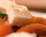 Салата с пържени чушки, домати и нахут 8
