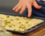 Фокача с розмарин и маслини 4