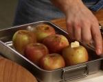 Печени ябълки с ванилов сос 2