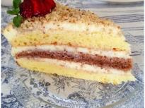 Домашна торта с ванилов крем