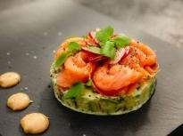Тартар от сьомга и авокадо