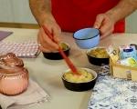 Козуначени кексчета със сушени плодове 8