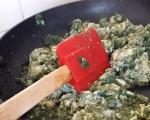 Бъркани яйца с коприва и зелен лук 2