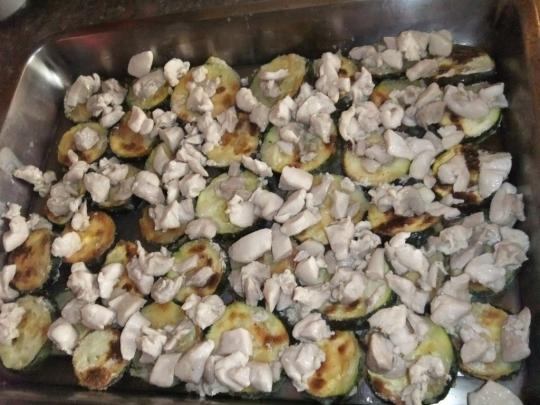 Запеканка с тиквички и пилешко месо