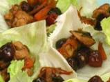 Пиле с череши в марулени лодчици