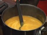 Тиквена супа с вурстчета 4