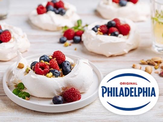 Мини Павлова с крем сирене Philadelph...