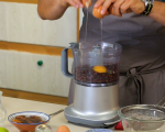 Шоколадови брауни блокчета и шейк с ягоди, мента и кокос 3