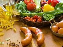 3 рецепти с македонска наденица на тиган
