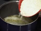 Бухтички с чубрица и сирене