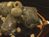 Лозови сарми със зелени маслини