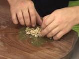 Лозови сарми със зелени маслини 3