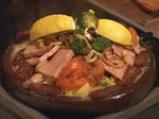Сач от свинско месо със задушени зеленчуци 5