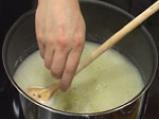 Супа от грах с кнедли от кашкавал 2