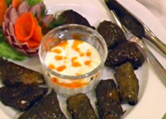 Сарми с листа от хрян