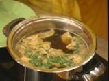 Гъбени пелмени в зеленчуков бульон 6