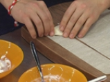 Доматена супа с тригуни от козе сирене и босилек 3