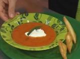 Доматена супа с тригуни от козе сирене и босилек 5