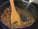 Агнешка мусака с коприва и картофи 2
