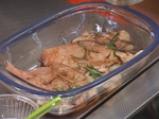 Пилешки гърди с розмарин със салата от спанак и печурки 2