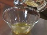 Панирани хапки шаран с орехи и медена зелева салата 2