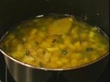 Спаначена супа с къри 2