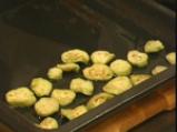 Руло от патладжани с кисели краставички 2