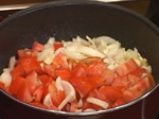 Патладжани с доматен сос в гювече по селски 3