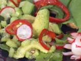 Салата от репички с авокадо