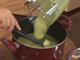 Студена супа с тиквички и авокадо 3