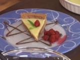 Карамелена торта с бял шоколад и пияни малини 8