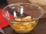 Салата от тиквички с мариновани топчета от кисело мляко 5