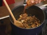 Есенна салата с круши и синьо сирене 2