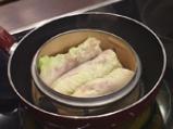 Китайски сарми върху салата от моркови с кориaндър 5
