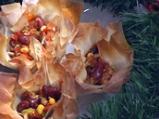 Кошнички пълни с фасул и царевица