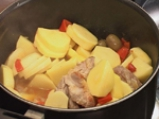 Яхния от свинско с маслини по испански 7
