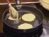 Картофени палачинки с крем от спанак и рулца от раци 6