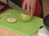 Бифтек с ябълка и канела