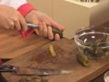 Кисели краставички, пълнени с подлучена червена разядка 6