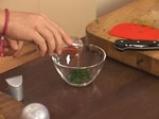 Кисели краставички, пълнени с подлучена червена разядка 8