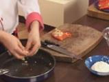 Пълнени чушки с пушено пиле със сос от праскови и смокини 6