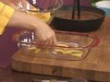 Боб с наденица и тортиля чипс 8