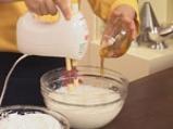 Нуга сладолед с мед и бадеми 7