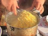 Мамалига с пилешки бутчета 3
