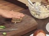 Здравословен салатен сандвич с пилешко 9